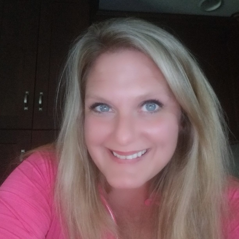 Kelly Cook Bio Image